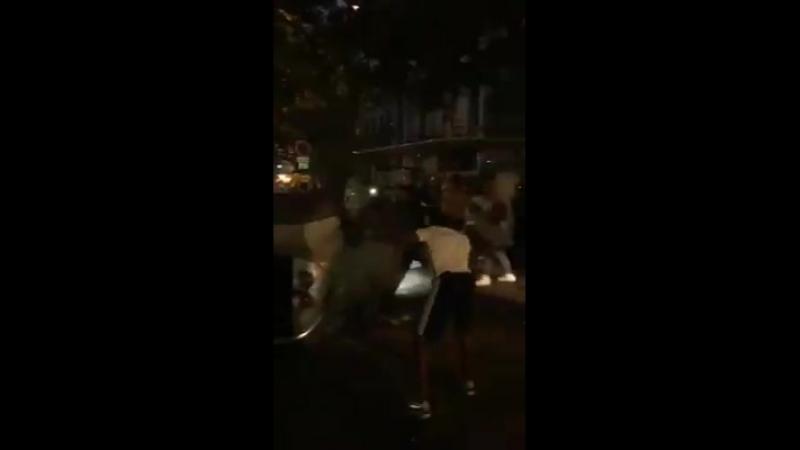 Во Франции два человека погибли во время празднования победы сборной