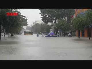 1885 Вьетнам. Дождь. Центр. 8 декабря 2018.