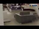 Торговый центр Аура в Волгограде заливает водой очевидец Блокноту Волжского