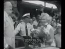Мэрилин Монро на акции по продвижению фильма Обезьяний Бизнес 1952