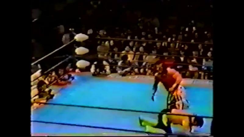 1993.04.16 - Davey Boy Smith vs. Toshiaki Kawada [HANDHELD]