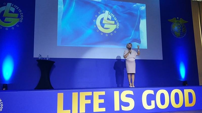 директор компании, нашей команды Лилия Владимировна