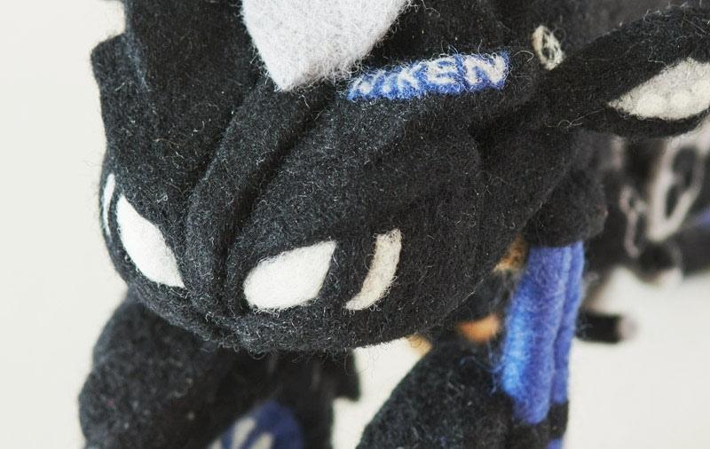 Вязанная моделька Yamaha Niken