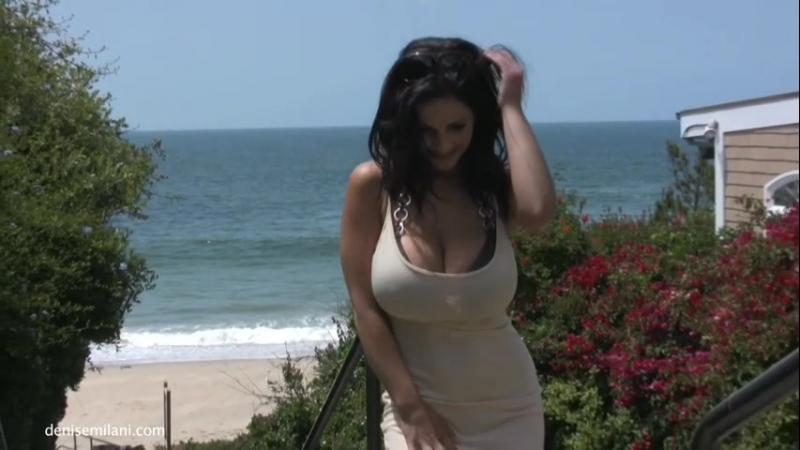 Denise Milani non-nude erotic super model big tits sexy girl Playboy эротика большие сиськи 6 размер сексуальная - DDD Walk