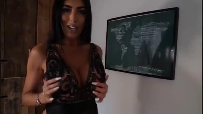 Ava Koxxx
