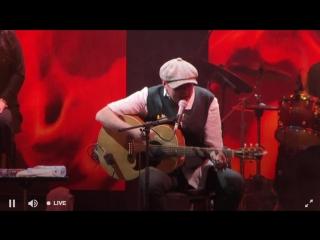 Гарик Сукачев «Гори, гори любовь цыганки» LIVE Rīga 09.05.2018