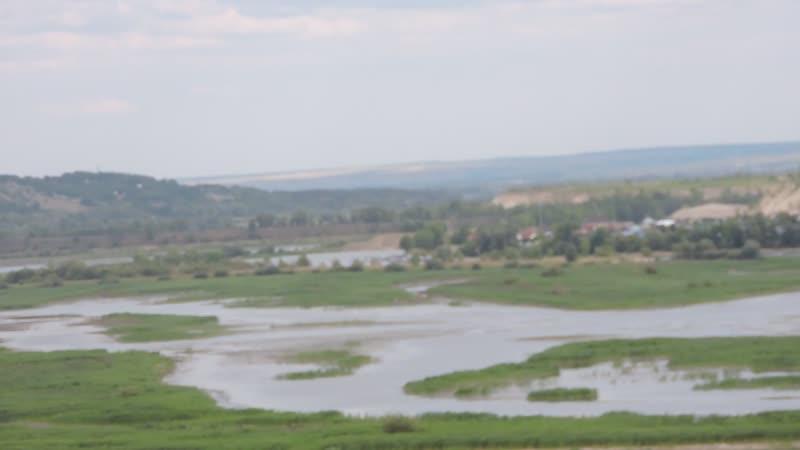 Вид с Царева кургана на пойму р.Сок, ж.д. мост через р.Сок, Сокский карьер, Сокольи горы и гору Тип-Тяв