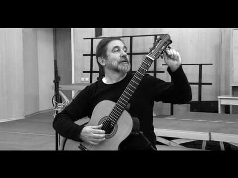 Arcady Ivannikov plays BACH - Prelude, Fugue Allegro in E flat major, BWV 998 Prelude