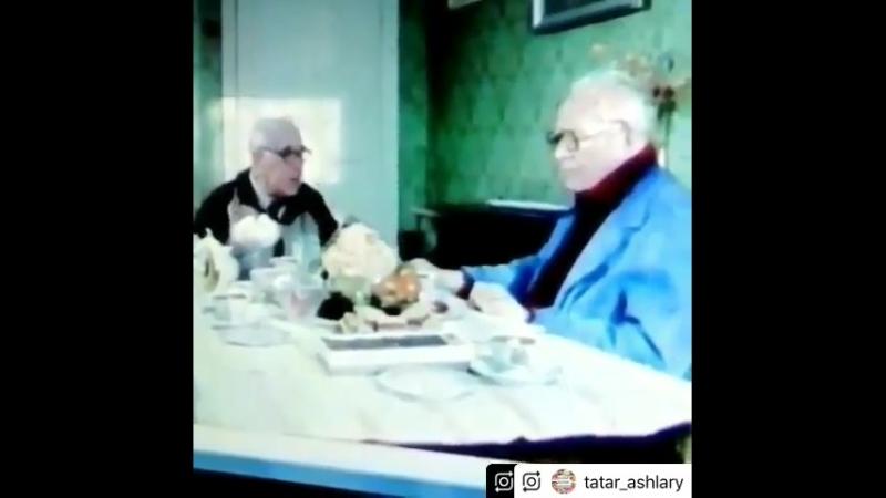 Бакый Урманче белән Әмирхан Еники. 1988