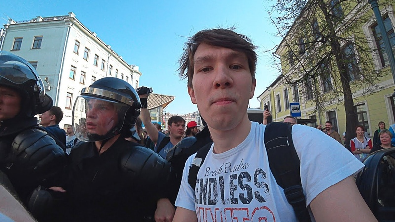Жесткий разгон митинга против Путина в Москве