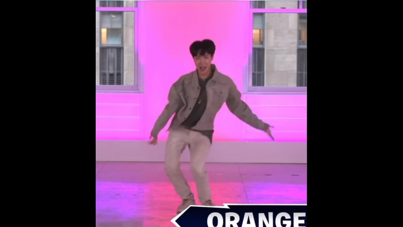 Hobi doing the orange justice imdjdk