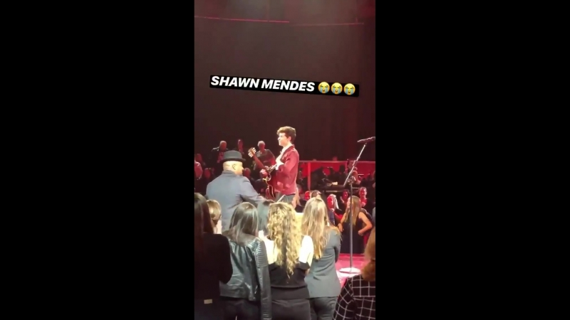 Shawn onstage at the Elvis Presley tribute concert tonight in California!