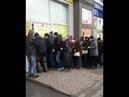 Шокирующая Украина люди ломятся в секонд хенд