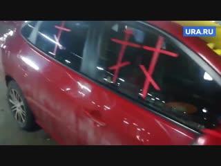 В новокузнецке заметили «молящийся» автомобиль