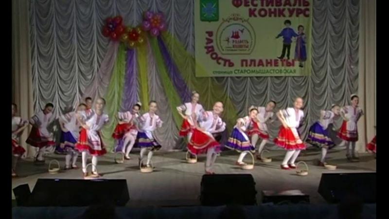 детский хореографический ансамбль БАРВИНОК станица Выселки
