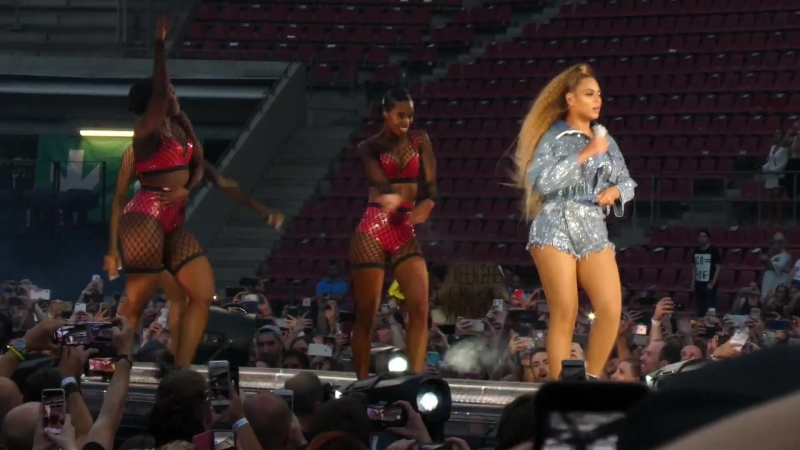 Jay Z Beyoncé - Run This Town/ Baby Boy/ Mi Gente/ You Don't Love Me/ Bam/ Hold Up/ Countdown (Cologne • On The Run II Tour)