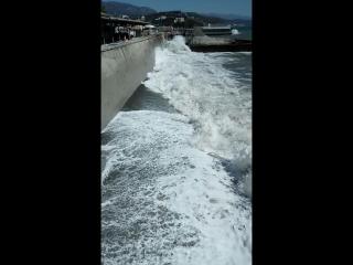 Море штормит, Алушта, 20 августа 2018 г.