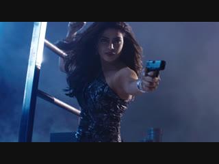 Priyanka chopra as victoria leeds (baywatch)