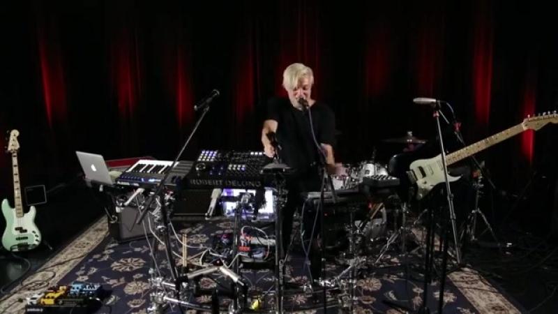 Robert DeLong live at Paste Studios NYC!