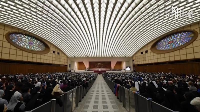 Змееголовый конференц-зал Папы Римского. Кому служит Ватикан. Совпадение Не думаю