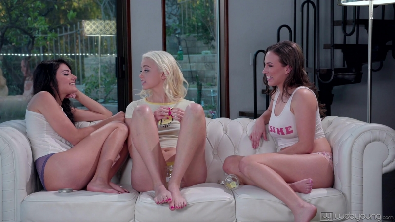 Adria Rae, Chloe Cherry, Lily Love ( Truth Or Dare) 2018, Threesome, Rim Job, Teen, Pussy Licking,