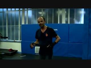 La leçon de boxe d'Edouard Philippe (humour)