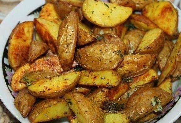 Картофель по-деревенски. Вспомним вкус детства!)