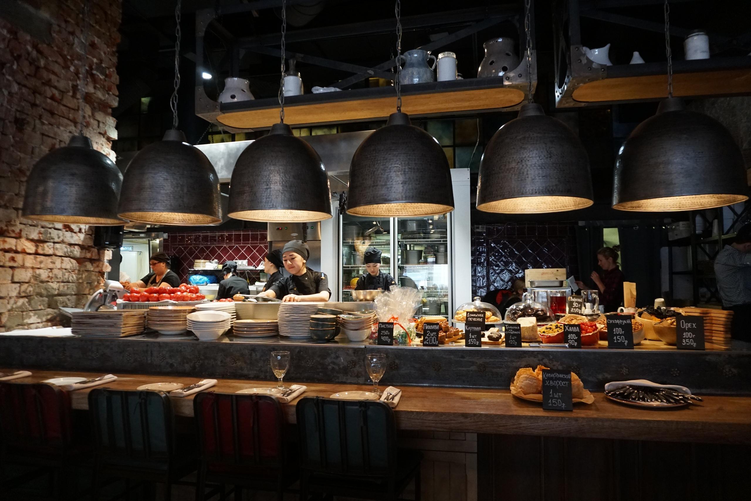 """Ресторан кавказской кухни """"5642 Высота"""" - ресторан, в котором нет выбора"""
