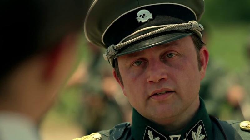Если ты из СС, то почему медаль Люфтваффе?