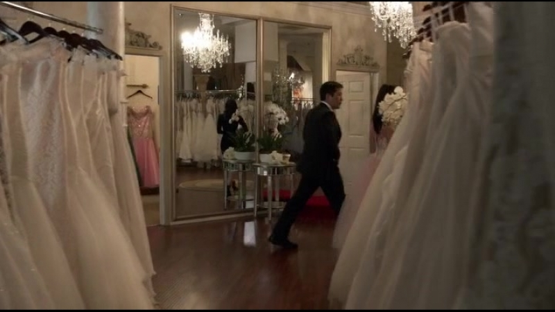 Лисбон и Чо выбирают платье