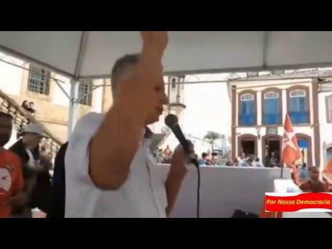 Lula Livre Gleisi participa de ato em Ouro Preto Medalha da Inconfidência.