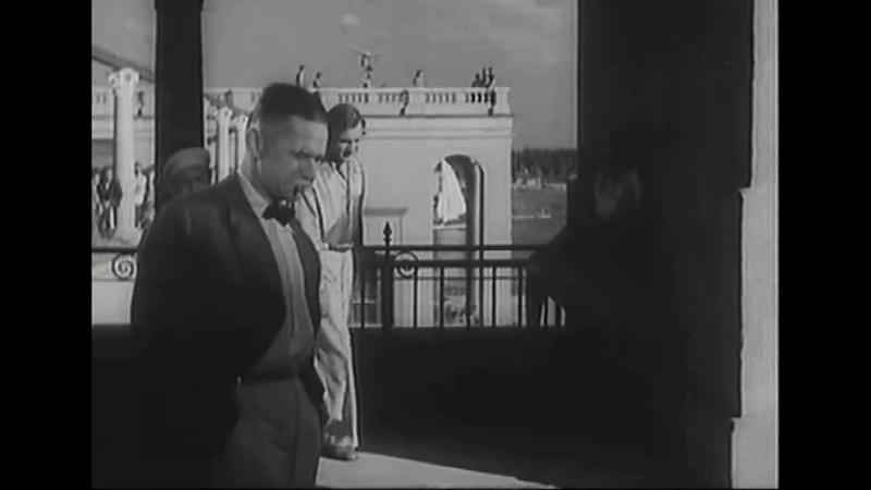 «Первая перчатка» (1946) - спортивная комедия, реж. Андрей Фролов