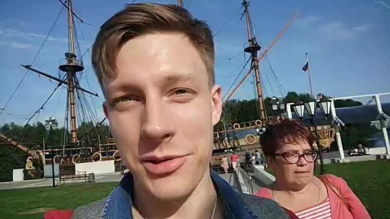 Рязанцы на Адмиралтейской площади Воронежа