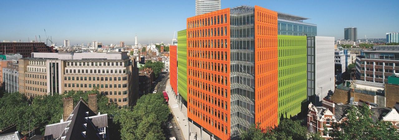 Central Saint Giles - это многофункциональный проект в центре Лондона .