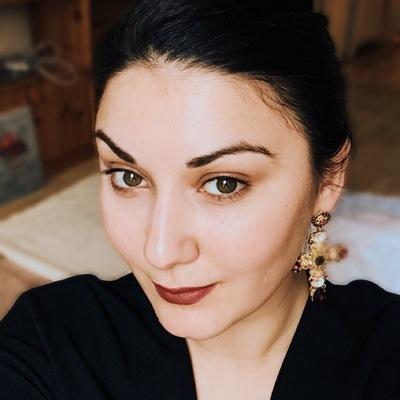 Анна Маршания