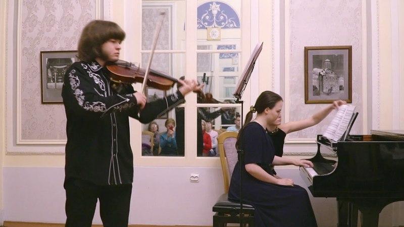 А. Шнитке – Сюита в старинном стиле ор.80, части «Менуэт»,«Фуга»,«Пантомима» А.Бобров, М.Боброва