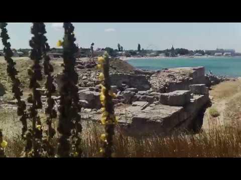 С Акитой в Крым. Черноморское. Городище Калос–Лимен