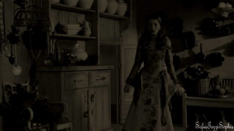 Rumpelstiltskin / Belle's daughter ( Regina) || OUAT