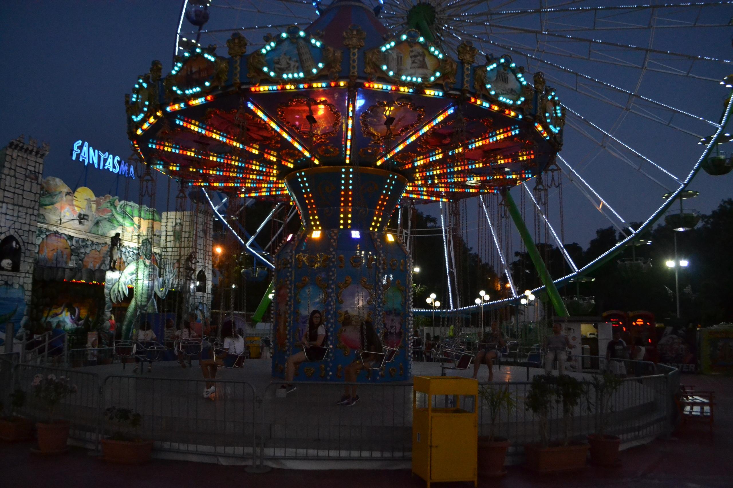Елена Руденко (Валтея). Лунапарк Parko Paliatso в Айия-Напе (Кипр) фото. FokG66e4w_U