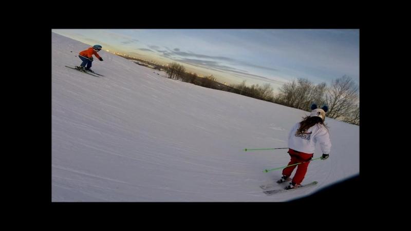 Ски-кросс в школе по горным лыжам и фристайлу KowalSKI