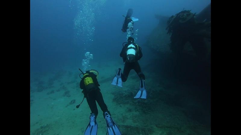 РЭК возле кораллового рифа
