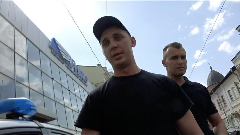 Харьковское быдло распускает руки!