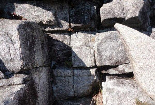 Гиперборея на Кольском полуострове Первые сведения о Гипербореи относятся в античным временам. Древнейшие историки упоминали гиперборейцев. Слово «гипербореец» означало «тот, кто живет за Бореем