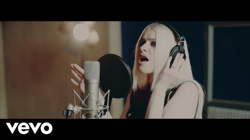 Alice Chater - Heartbreak Hotel (Piano Acoustic Version