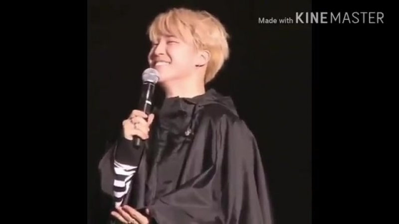 Amazing moment when a fanboy shouted Jimin saranghae! Look at his reaction its adorable!! - - We just want to know the we girls