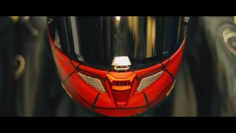 HJC RPHA 70 Iron Man и RPHA 11 Spider-Man на треке