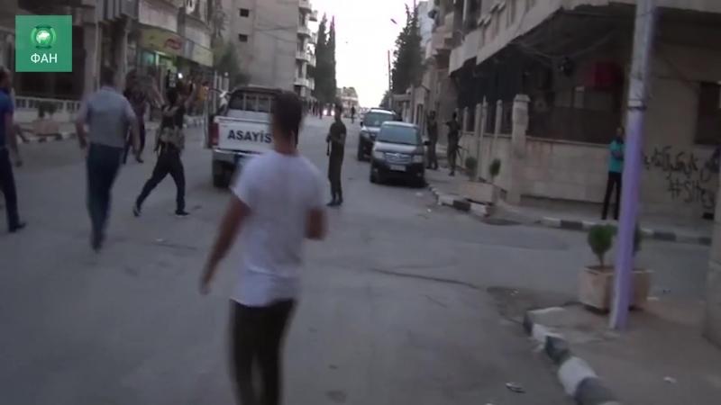 Сирия жители Хасаки радуются освобождению захваченных курдами школ