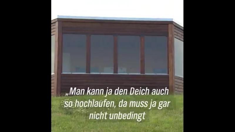 Kein Ostfriesen-Witz Weil für eine Treppe keine Baugenehmigung beantragt wurde, darf die neue Vogelbeobachtungsstation nicht be