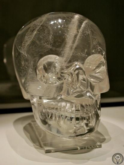 Хрустальные черепа, изготовленные с большим искусством  уникальный феномен культурной «загадки майя»