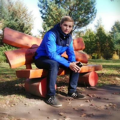Дмитрий Бобровский